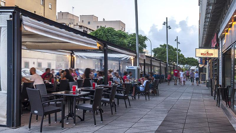 Galer a de fotos ocimax for Terrazas urban mall chacras de coria